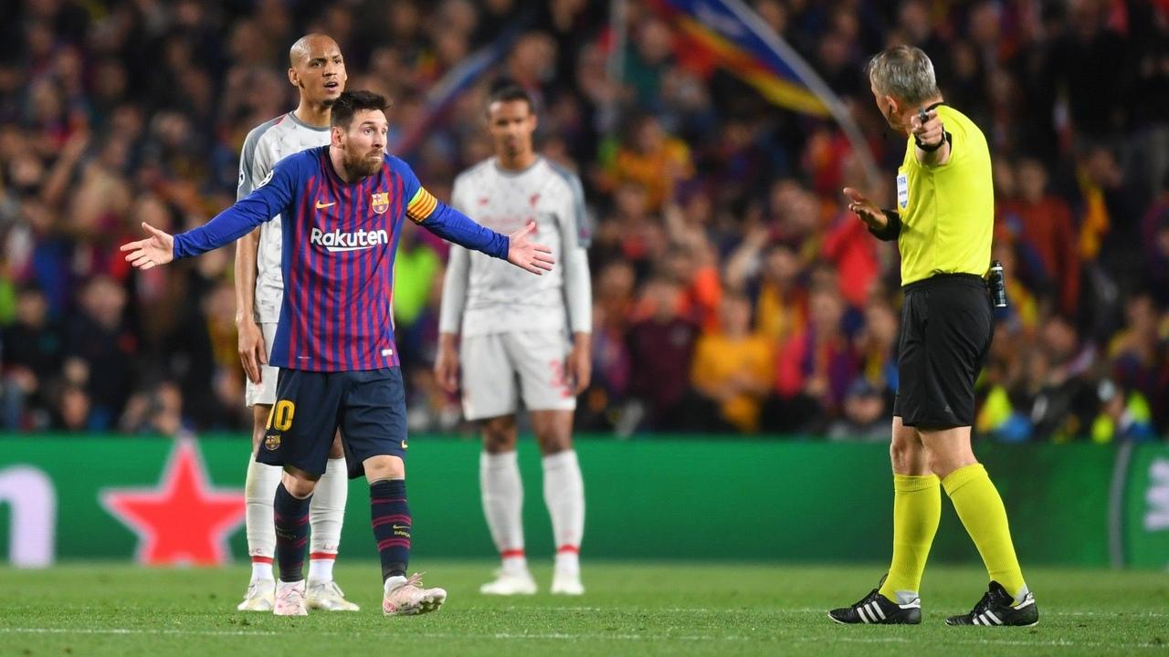 Барселона - Ливерпуль, 3:0. Лионель Месси и арбитр Бьорн Кейперс