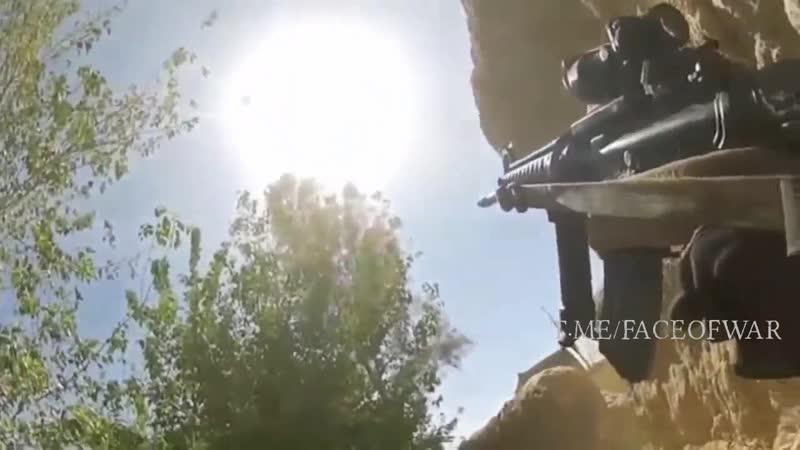 Видео близкого огневого контакта американца с талибами Исламская Республика Афганистан 2000 е годы