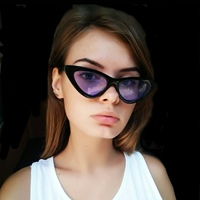 Фотография страницы Вики Чекановой ВКонтакте