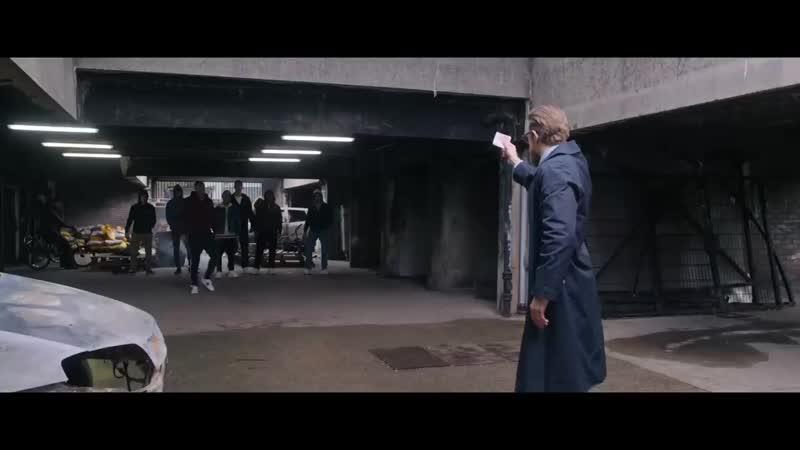Пацаны давайте сюда телефоны Погоня за телефоном Момент из фильма Джентль
