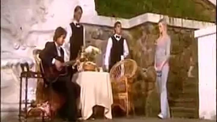 Не отпускай меня дубраве шепчет август песня из фильма Доярка из Хацапетовки