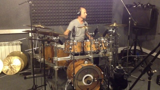 Shulepov Andrey on Steve Smith signature Drums