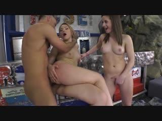 Gabriella lati and selvaggia русское частное порно домашнее секс студентка юная минет отсос мамочка милфа мамка зрелая anal rocc
