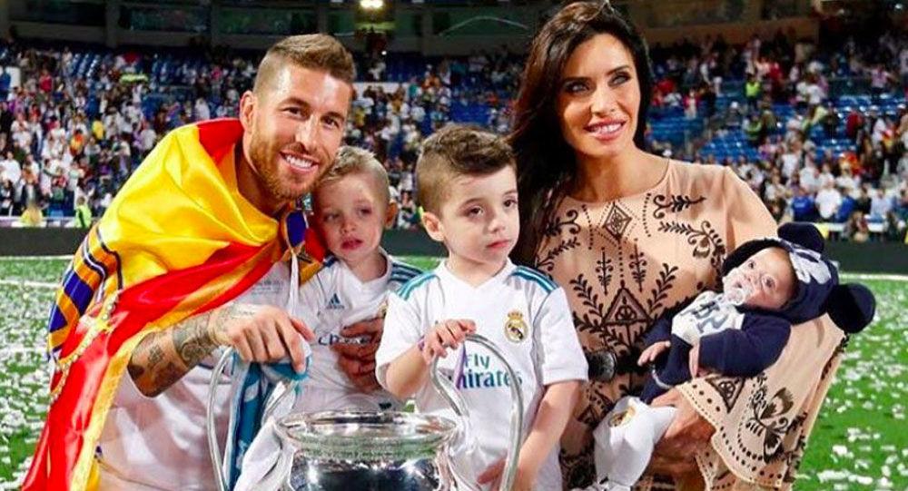 Серхио Рамос с женой и детьми. ФК Реал Мадрид